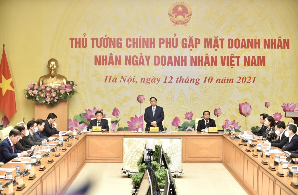 Thủ tướng: Doanh nghiệp là trung tâm, mọi chính sách đều hướng tới doanh nghiệp